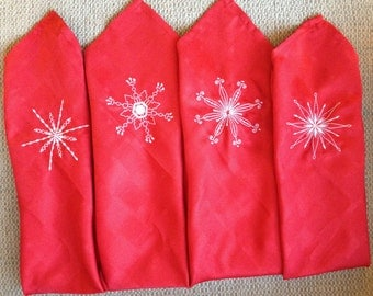 Holiday Napkins Embroidered with Snowflakes (Set of 4)