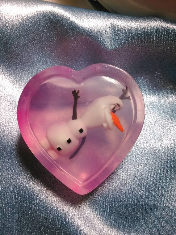 Frozen Fun Soap With Olaf or Elsa/Anna Toy!