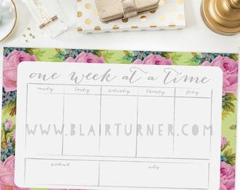 Weekly Calendar Pad (Desktop): Flowers