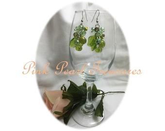 Fresh Pinot dangle earrings