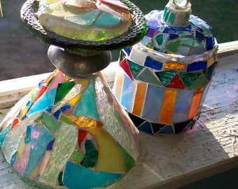 STAINED GLASS MOSAIC Paperweight-Handmade with Bottles