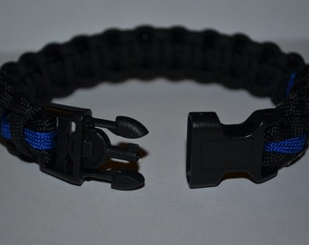 Paracord Survival Bracelet with Handcuff Key