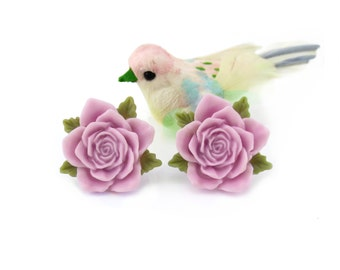 Pale Purple Rose CLIP on Earrings or POST, Lilac Flower, Lavender Bridesmaid Gift Floral Earrings, Shabby Chic Summer Garden Wedding Jewelry