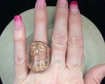 Vintage Clear & Goldtone Speckled Glass Ring Sz. 6