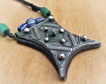 Collar - collar anterior Touareg - amuleto antiguo Touareg - étnico collar joyería étnica antigua-Tcherot anterior Touareg - joyería tribal.
