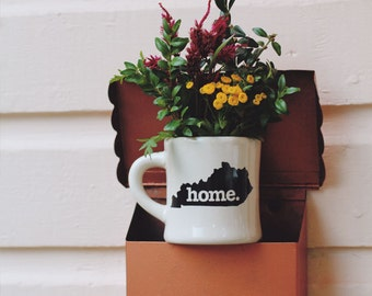 Kentucky home. Ceramic Coffee Mug