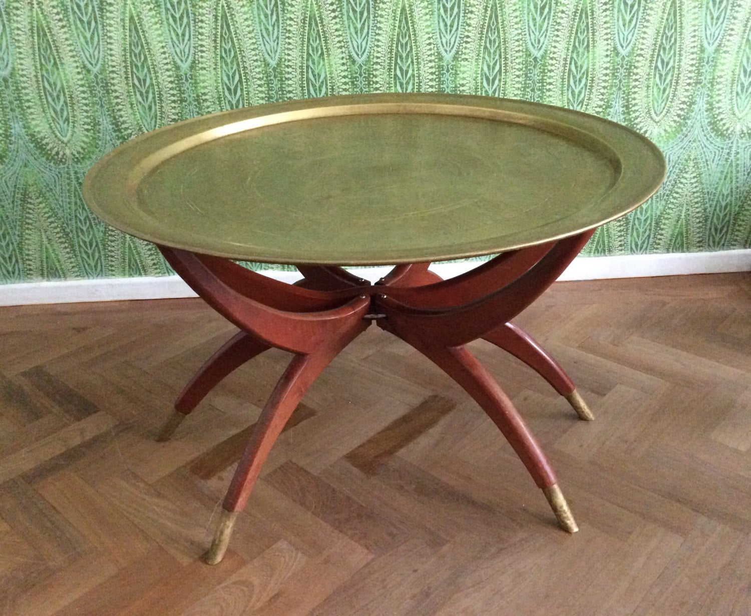 brass coffee table spider leg base vintage mid century folding. Black Bedroom Furniture Sets. Home Design Ideas