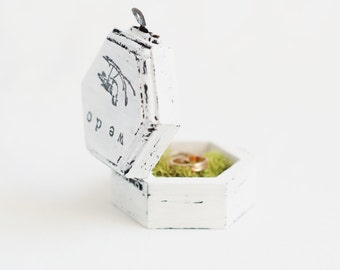 "Small hexahedral rustic style wedding box  ""We do"" -wedding ring bearer, rustic, white ring box, bird, shabby chic box, romantic ring bearer"
