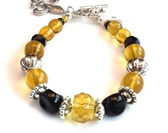 Women's Black and Gold Beaded Bracelet