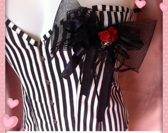 Black & White Stripe Skull and Roses Corset size 2XL approx 14/16uk