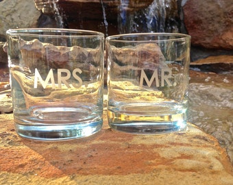Mr and Mrs Glasses, Etched Whiskey Glasses, Old Fashioned Glasses, Wedding Gift