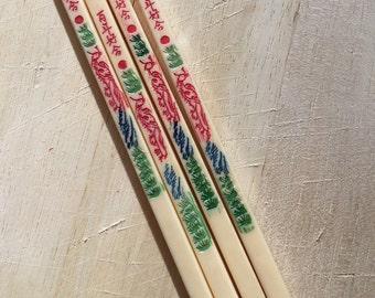 4 Vintage Detailed Chop Sticks