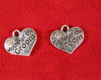 "5pc ""Mother of the groom"" charms in antique silver style (BC324)"
