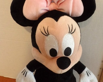 Sweet, vintage. Disney Babies Minnie Mouse doll.