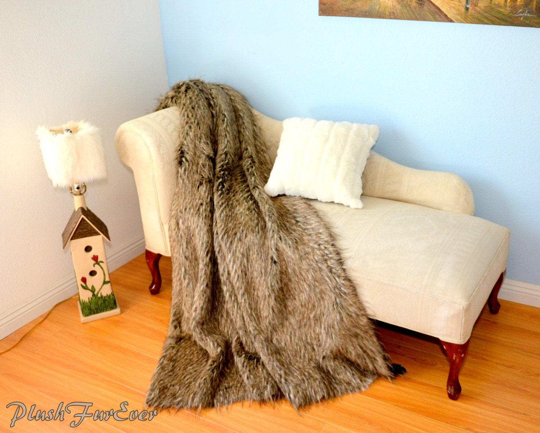 Throw comforter multi gray coyote faux fur sofa throw for Fur throws for sofas