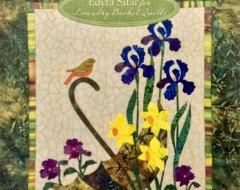 Seasonal Silhouettes - 12 Inspirational Quilt Blocks - Applique - Edyta Sitar - Laundry Basket Quilts