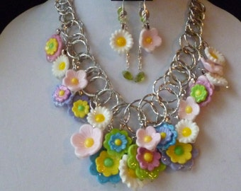 Dew Drops on Flowers Charm Necklace and Earring Set