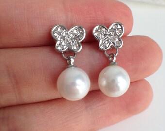 Rhinestone Butterfly and Shell Pearl Earrings - 8mm White Pearl Stud Earrings, Bridal earrings, fresh water pearl earrings, JEW002058