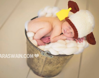 Knit Newborn Hereford Calf hat