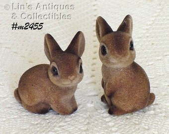 Vintage Josef Originals Pair of Little Fuzzy Bunnies (Inventory #M2455)