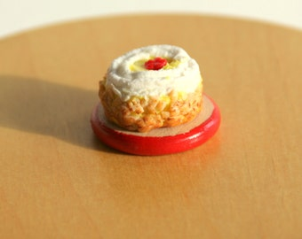 Dollhouse Miniature - Cake on a Platter