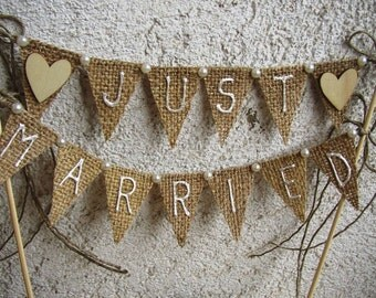 Just Married Rustic Cake Topper Banner - Hessian Wedding Bunting - Burlap Cake Topper - Rustic Wedding Decor - Hearts Bunting - Fall Wedding