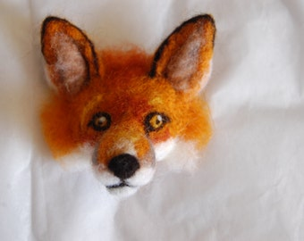 Made to order: Needle felted fox badge
