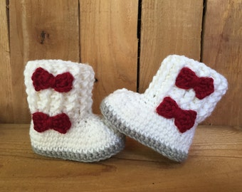 Crocheted baby boots, baby booties, crochet Christmas boots, crochet baby gift, baby boots, baby gift