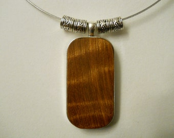 Fiona - A Curly Redwood necklace (limited edition)