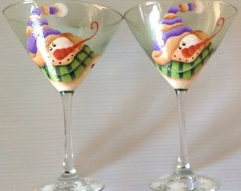 SNOWMAN Martini glasses for the Martini lover, celebrate the holidays with these adorable Snowmen on a green Martini glass.  Set of 2