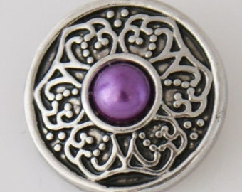 KB7750 Antiqued Silver w Purple Pearl in Centerr