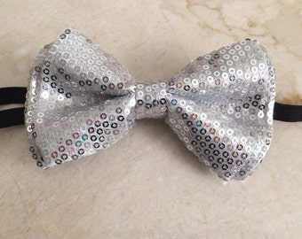 Silver Elegant Sequin Adult Size Bow Tie