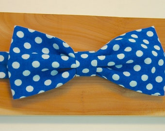 Blue Polka Dot Adjustable Bowtie for Boys - Elastic Back - Special Occasion - Hipster - Birthday - Wedding - Party - Holidays - Formalwear