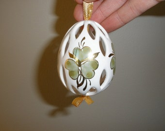 Porcelain Hand Painted Gold & Green Shamrock Egg Ornament Made in Hungary