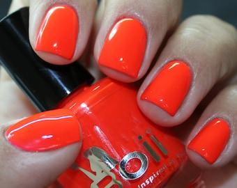 neon hot pink - Boii Nail polish