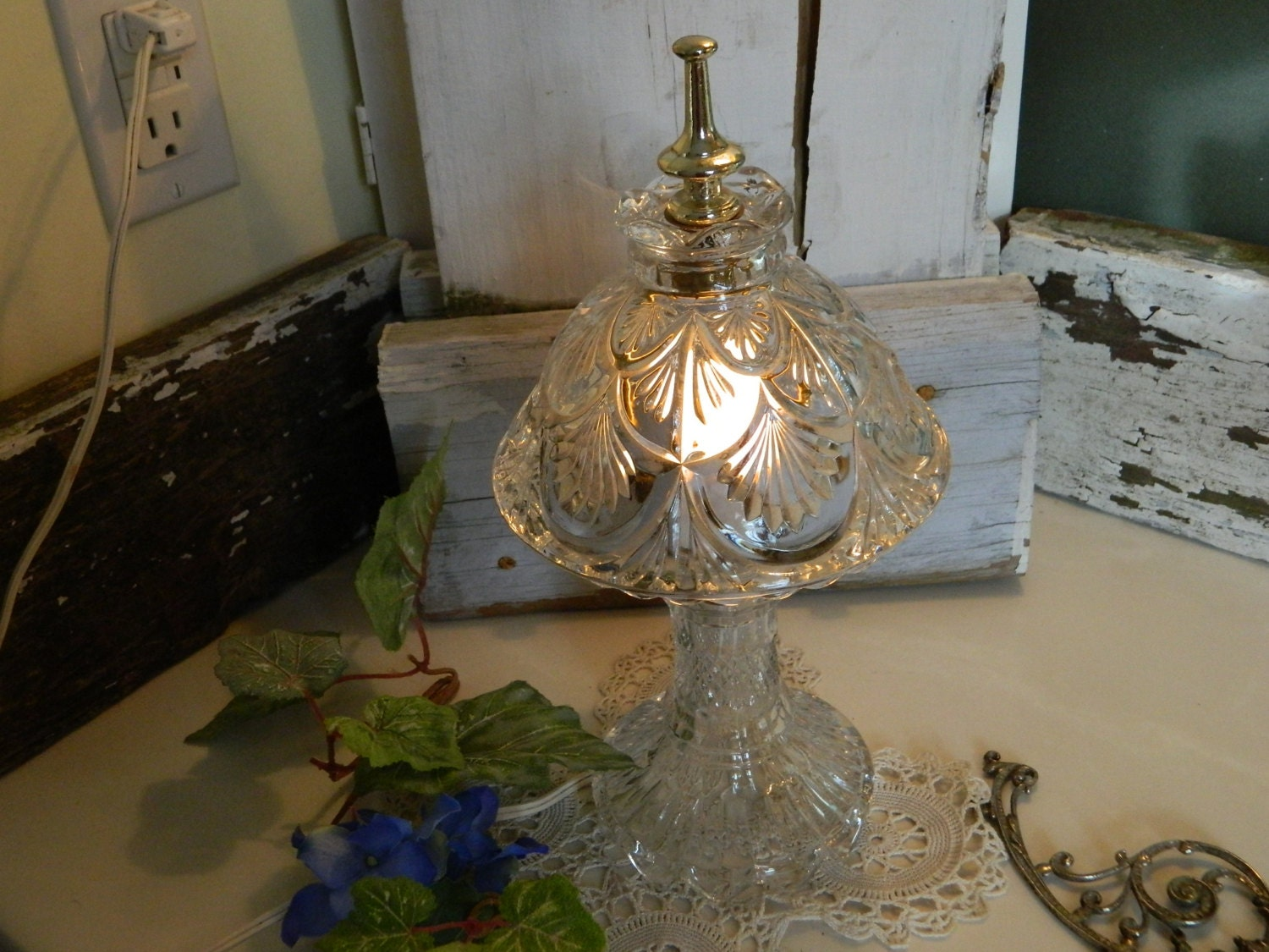 Leviton Vintage Crystal Small Bedroom Lamp By Allthatsvintage56