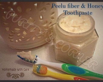 All Natural & Organic Toothpaste