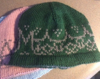 Customizable knit hat