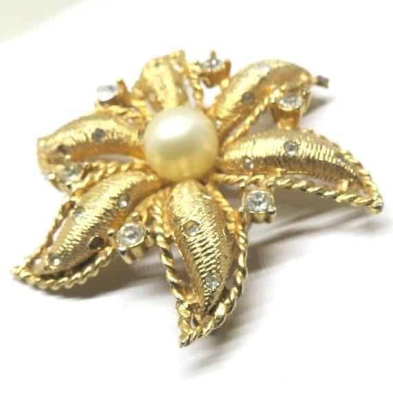 Boucher Black Flower Rose Pin Brooch Signed Numbered: Pearl Brooch Vintage Hattie Carnegie Signed Gold Tone