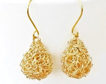 Gold crochet wire earrings.Handmade wire crochet dangle earrings.Wire crochet Drop ball earrings in gold,silver or rose gold Bridal earrings