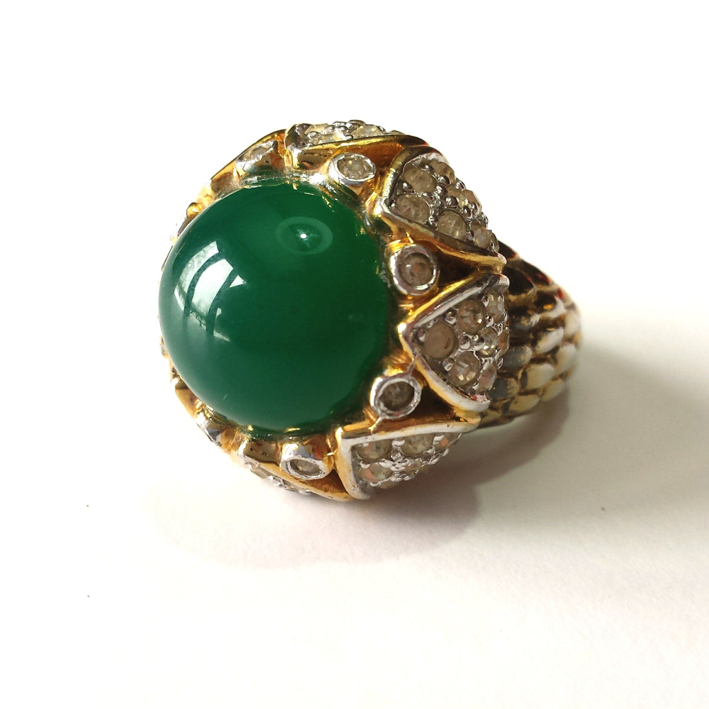 unique emerald cabochon vintage cocktail ring by treasuredplum