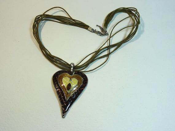 Vintage brown heart pendant necklace