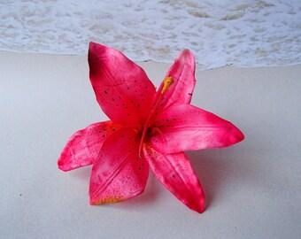 Pink Lily Flower Hair Clip -  Hawaiian Beach Wedding Alligator Hair Clip Accessory Fuschia Magenta Lilly - Hairclip Pin Hairpin Mermaid
