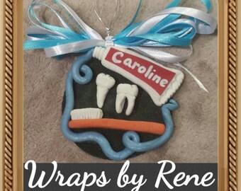 Dental Gift/Dentist/DDS/Dental Hygienist/Dental Assistant Gift/Dental Student/Pediatric Dentist/Dental Graduation Personalized Gift Ornament