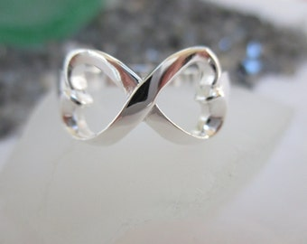 Heart Infinity Ring - Sterling Silver