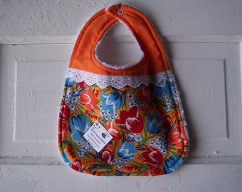 "SALE !!!  Adorable ""Dutch"" baby bib.  FREE SHIPPING!"