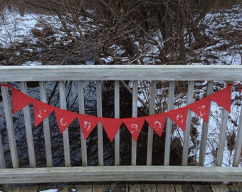 "Red ""You Rock"" triangle fabric reversible banner with hearts, Valentine's day"