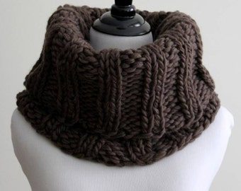 WOOL COWL, chocolate brown cowl, knit snood, winter cowl, knit tube scarf, wool scarf, cozy & soft, chunky knit cowl, chunky neckwarmer