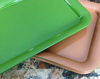 Retro metal trays in brown and green - 12 may be available