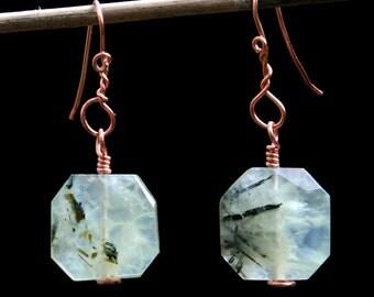 Earrings. A pair of faceted Prehnite copper earrings. 53mm . Freeform design. Art jewellery.